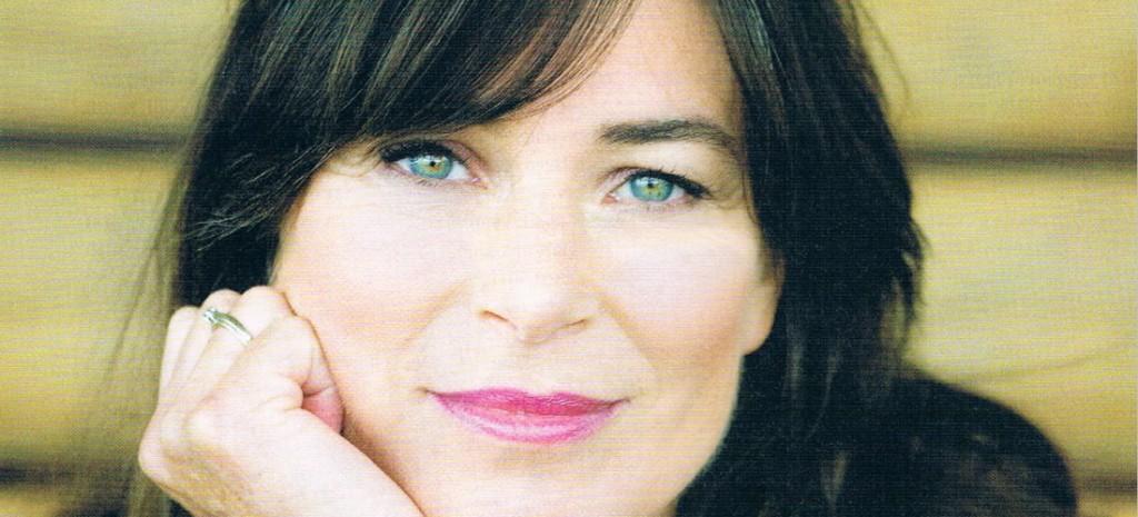 Debby Petter, voormalig nieuwslezeres, actrice, schrijfster